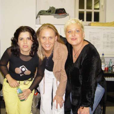 mit Angela Frontera (links) und Dora Michael (rechts)